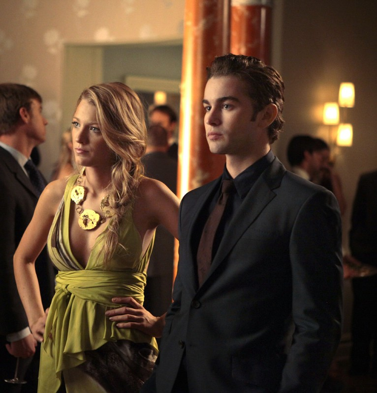 Serena (Blake Lively) e Nate (Chace Crawford) alla festa di Blair nell'episodio War at the Roses di Gossip Girl