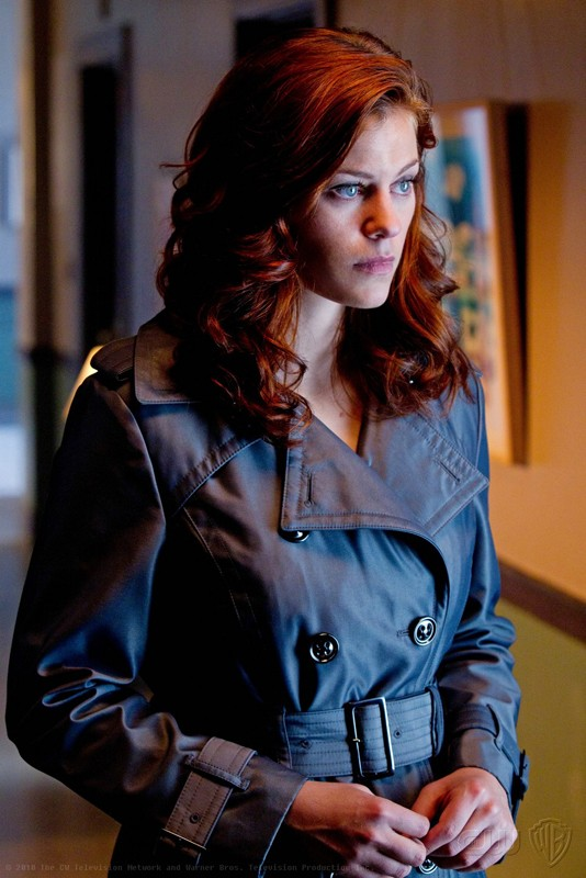 Tess (Cassidy Freeman) in una scena dell'episodio Abandoned di Smallville