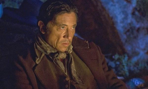 Carlos Bardem in una scena di Entre lobos