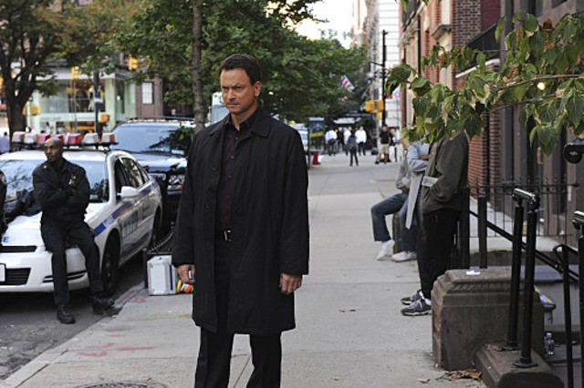 Gary Sinise in CSI: New York, nell'episodio Scared Stiff