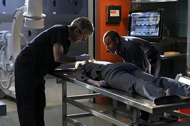Robert Joy e Hill Harper in CSI: New York,nell'episodio Hide Sight