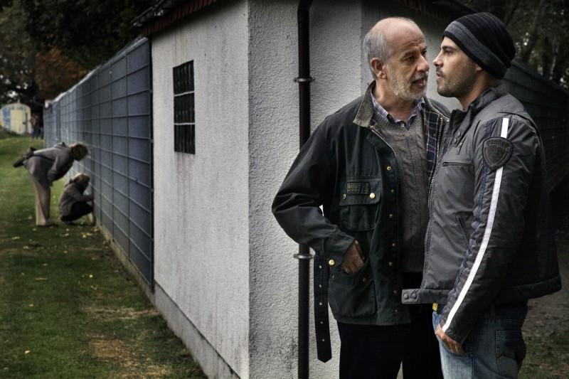 Toni Servillo con Marco D'Amore in una scena di Una vita tranquilla