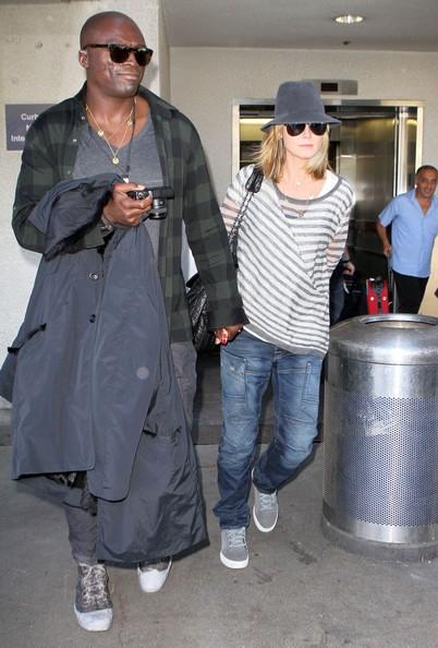 Heidi Klum e il marito Seal arrivano al LAX Airport dopo la festa di Halloween a New York