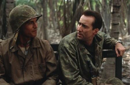 Nicolas Cage e Adam Beach in una scena del film Windtalkers