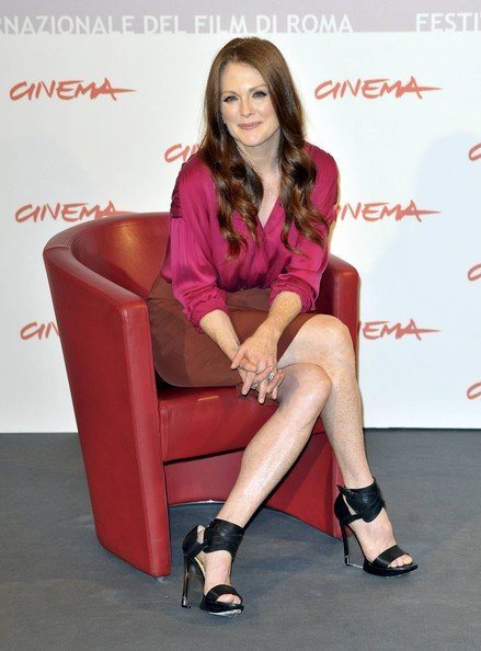 Roma 2010: Julianne Moore, star de I ragazzi stanno bene si concede ai flash dei reporter