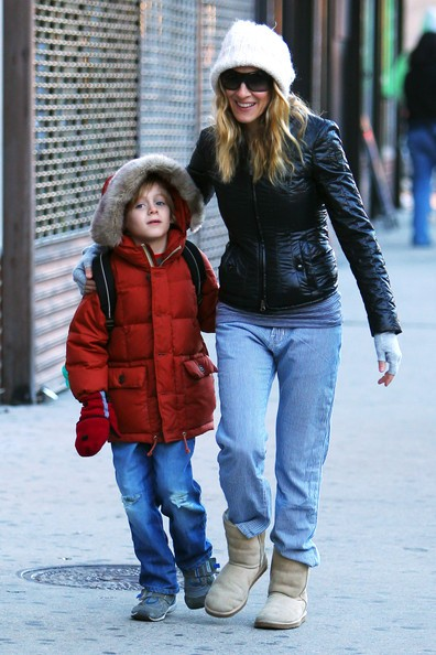 Sarah Jessica Parker e il figlio James in una fredda mattinata a New York