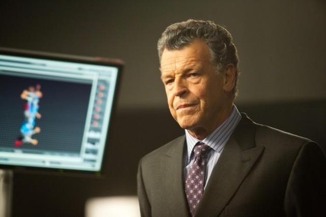 John Noble nell'episodio The Abducted di Fringe