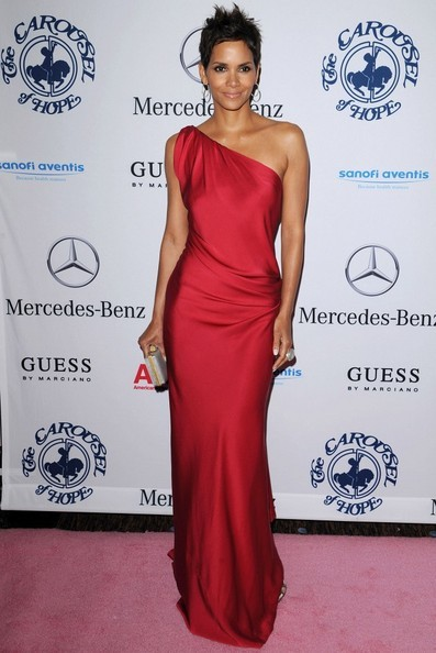 Una strepitosa Halle Berry a Beverly Hills
