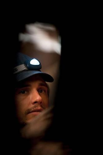 Un'immagine di James Franco dal film 127 Hours