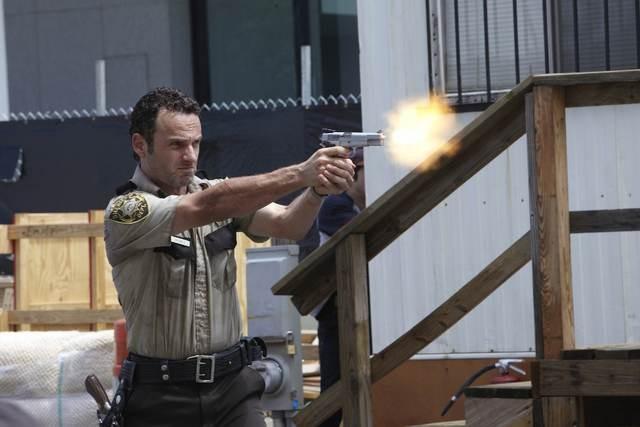 Andrew Lincoln nell'episodio Una via d'uscita di The Walking Dead