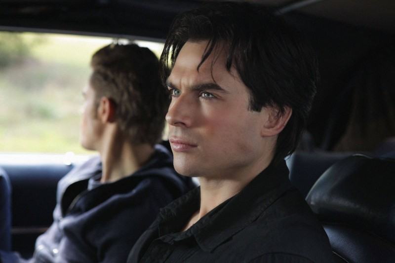 Ian Somerhalder e Paul Wesley in una sequenza dell'episodio Rose di Vampire Diaries