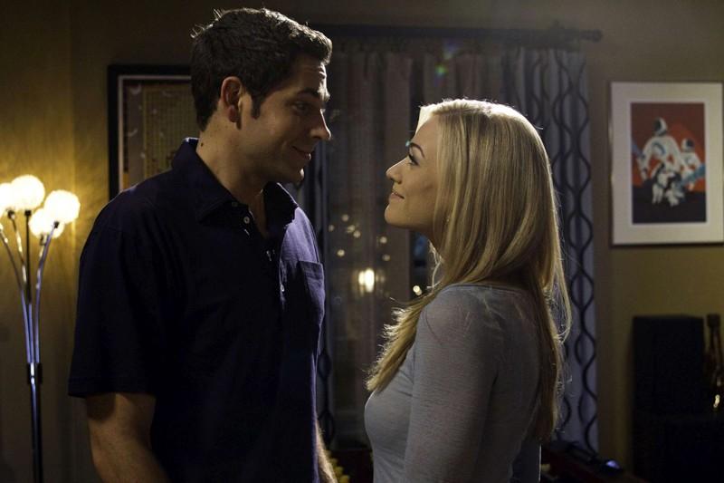 Zachary Levi e Yvonne Strahovski in una scena dell'episodio Chuck Versus The Fear of Death