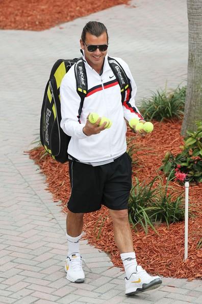 Gavin Rossdale arriva per il secondo giorno di Chris Evert Pro-Celebrity Tennis Classic a Delray