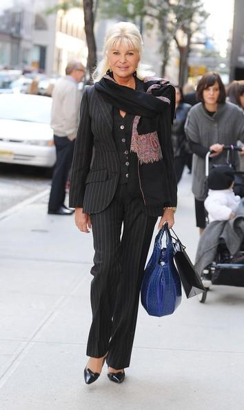 Ivana Trump fa shopping