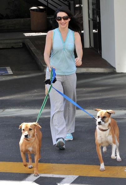 Kristin Davis porta i suoi cani in una clinica veterinaria in Santa Monica