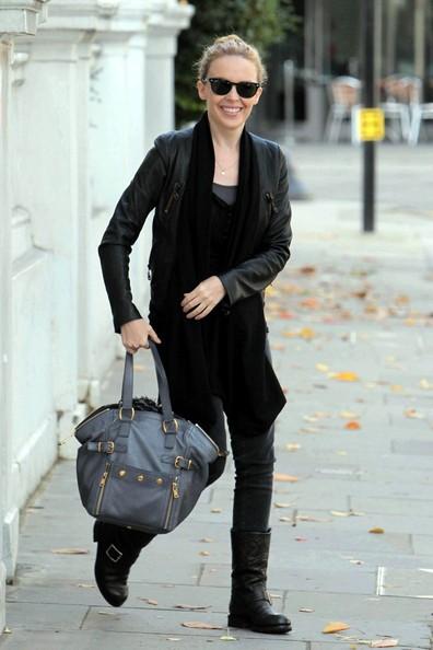 Kylie Minogue durante delle commissioni in West London