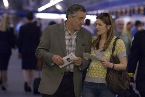 Robert De Niro e Drew Barrymore in una scena del film Everybody's fine