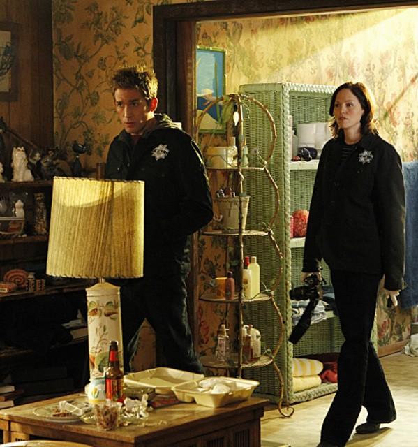 Eric Szmanda e Jorja Fox in CSI: Scena del crimine nell'episodio Wild Life