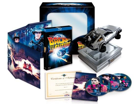 La copertina di Ritorno al futuro Deluxe De Lorean Edition (blu-ray)