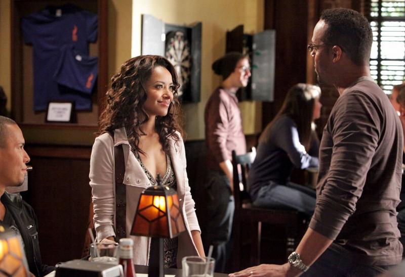 Bonnie (Katerina Graham) fa conoscenza con il padre di Luka (Bryton James) nell'episodio Katerina di Vampire Diaries