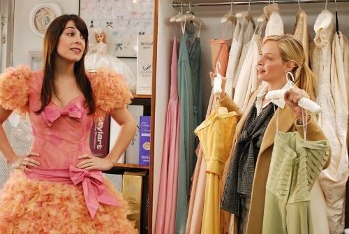 Lindsay Sloane ed Uma Thurman nella commedia The Accidental Husband