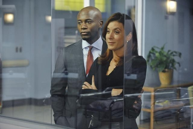 Taye Diggs e Kate Walsh in Private Practice nell'episodio Just Lose It