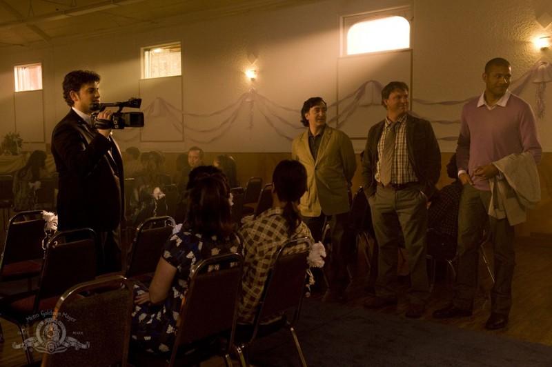 David Blue con telecamera, Peter Kelamis, Patrick Gilmore e Jeffrey Bowyer-Chapman in Cloverdale di Stargate Universe