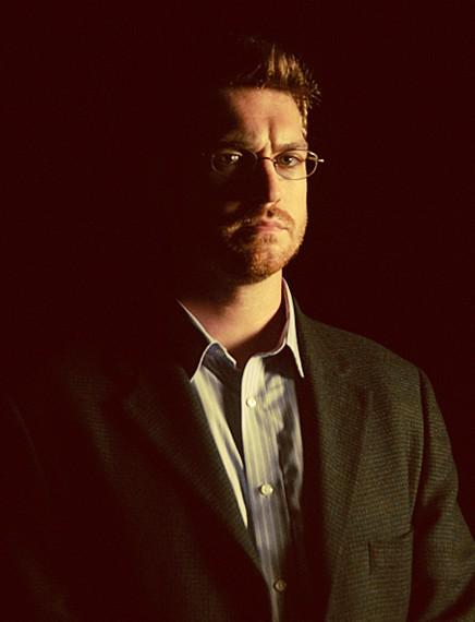 Il Professore Nicholas Blunt nella serie Valemont