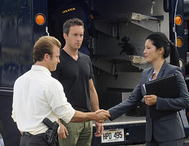 Alex O'Loughlin e Scott Caan in Hawaii Five-0 nell'episodio Ho'apono