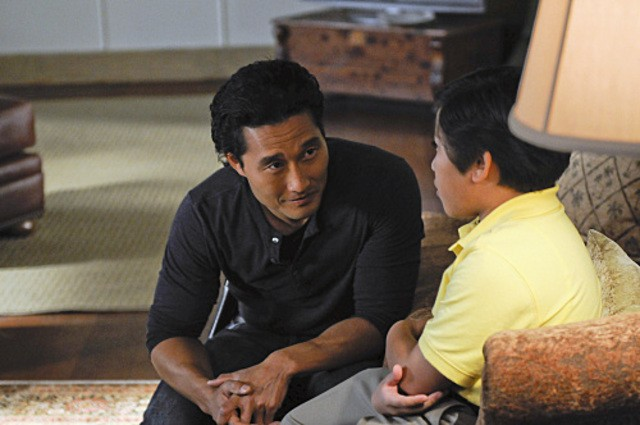 Daniel Dae Kim in Hawaii Five-0 nell'episodio Po 'ipu