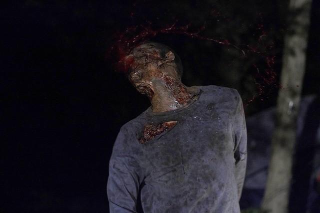 The Walking Dead: Un'immagine tratta dall'episodio Vatos