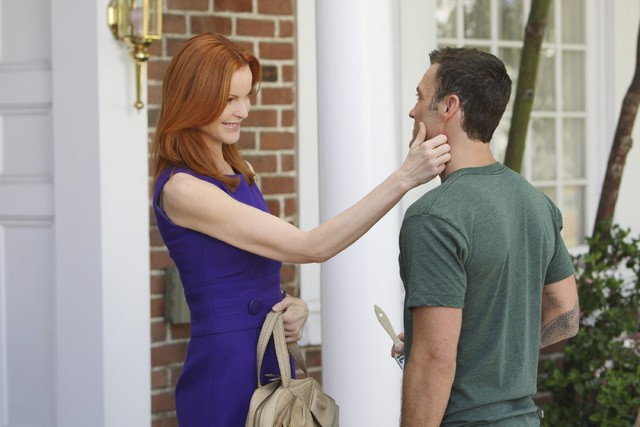 Brian Austin Green e Marcia Cross in una scena dell'episodio The Thing That Counts Is What's Inside di Desperate Housewives