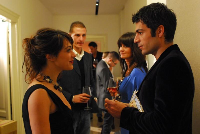 Luca Argentero con Valentina Lodovini nel film La donna della mia vita