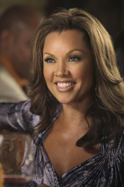 Vanessa Williams in una scena dell'episodio You Must Meet My Wife di Desperate Housewives