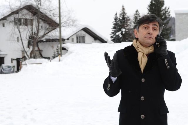 Vincenzo Salemme nel film A Natale mi sposo