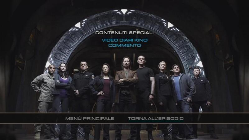 Il menù principale dei contenuti speciali del disco 1 di Stargate Universe, stagione 1