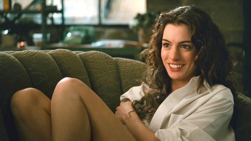 Anne Hathaway in un'immagine di Amore ed altre droghe