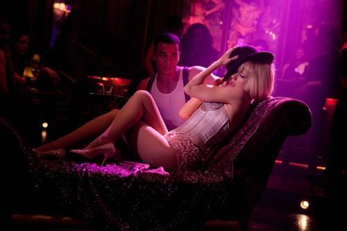 Christina Aguilera in una scena del musical Burlesque
