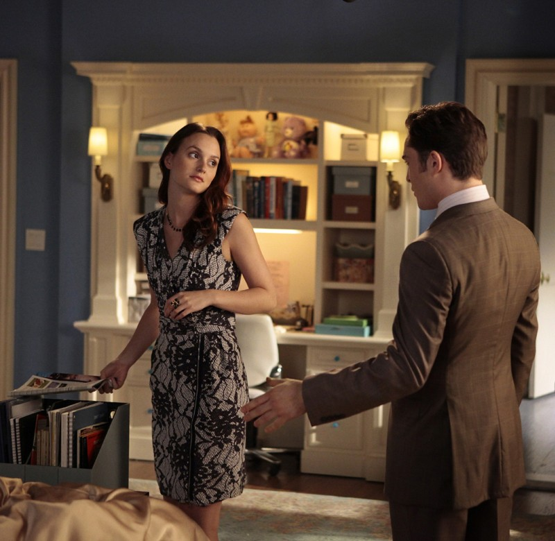 Blair (Leighton Meester) ascolta le parole di Chuck (Ed Westwick) nell'episodio The Witches of Bushwick di Gossip Girl