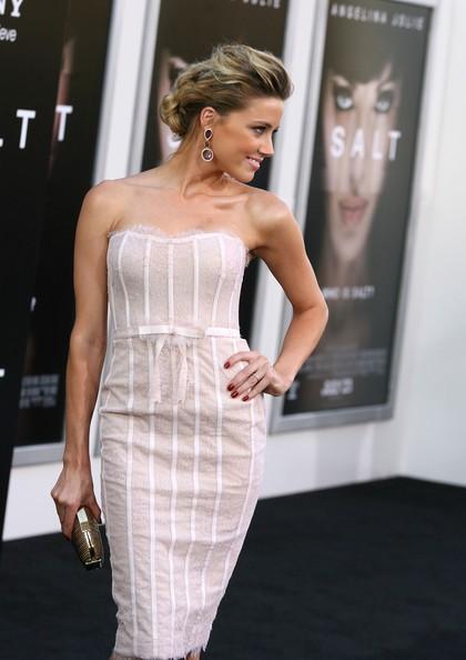 Una splendida Amber Heard alla premiere di Salt