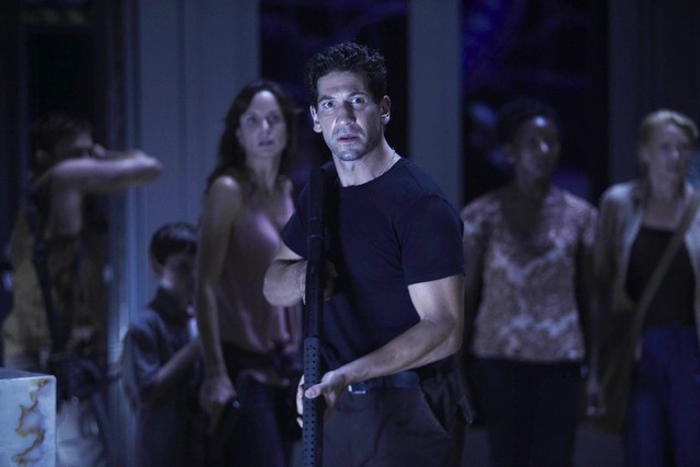 Jon Bernthal nell'episodio TS-19 di The Walking Dead
