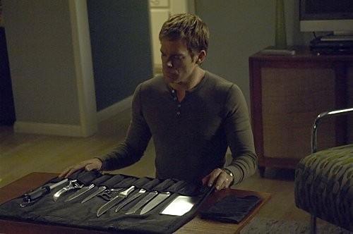 Michael C. Hall in una scena dell'episodio In the Beginning della quinta stagione di Dexter