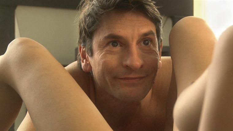 Nicolas Abraham in una scena del film La tête ailleurs
