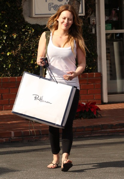 Hilary Duff fa shopping da Fred Segal a Santa Monica