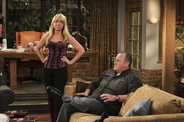Nicole Sullivan e Will Sasso in $#*! My Dad Says nell'episodio Make a wish