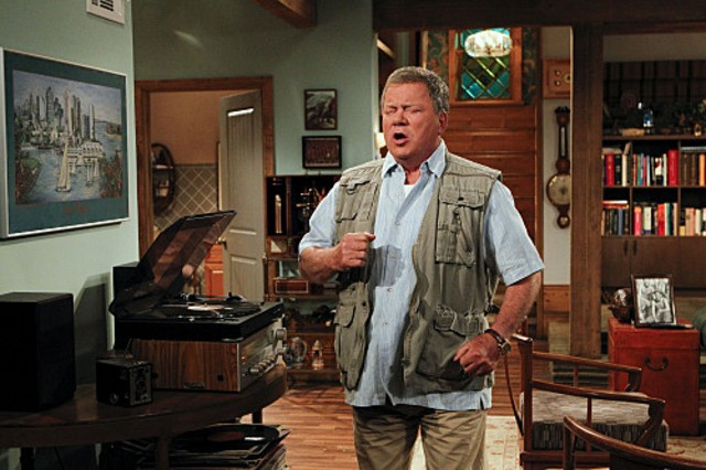William Shatner in $#*! My Dad Says nell'episodio The Manly Thing To Do