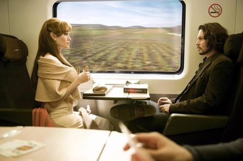 Johnny Depp e Angelina Jolie, protagonisti del film The Tourist