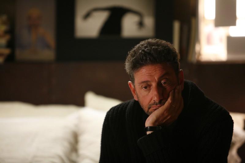 Sergio Castellitto in una scena del film La bellezza del somaro