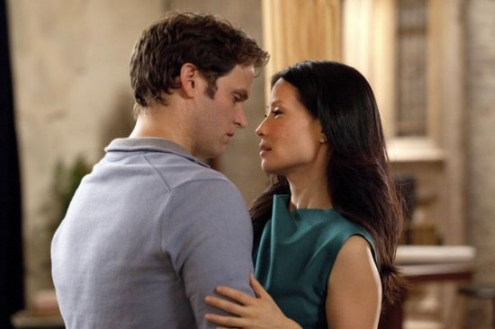 Steven Pasquale e Lucy Liu in Marry Me