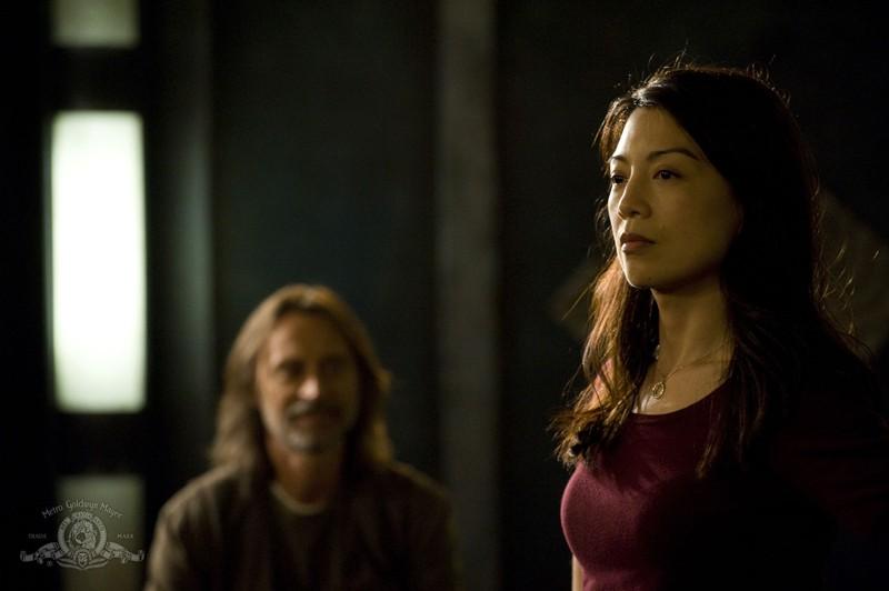 Camille (Ming-Na) in una scena dell'episodio Resurgence di Stargate Universe